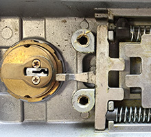 locksmith services for locks, keys and hardware
